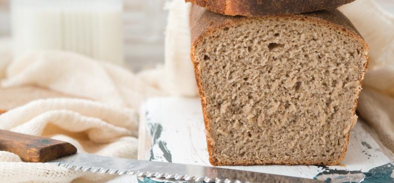 Razowy chleb na zakwasie