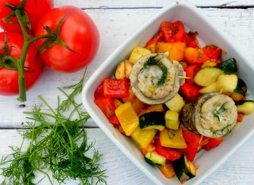Miruna z warzywami