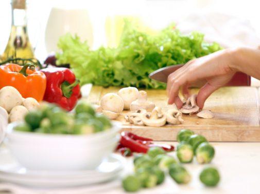 Dieta wegetariańska- największe korzyści i zagrożenia na diecie roślinnej